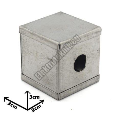 7202 Ónozott fém doboz 30*30*30mm