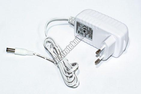 7910W Hálózati adapter 12V / 2A.
